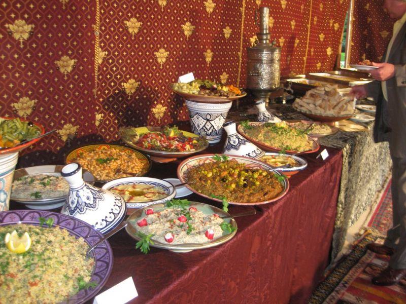 Orientalisches essen partyservice essenservice for Sideboard orientalisch